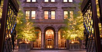 纽约宫廷酒店 - 纽约 - 建筑