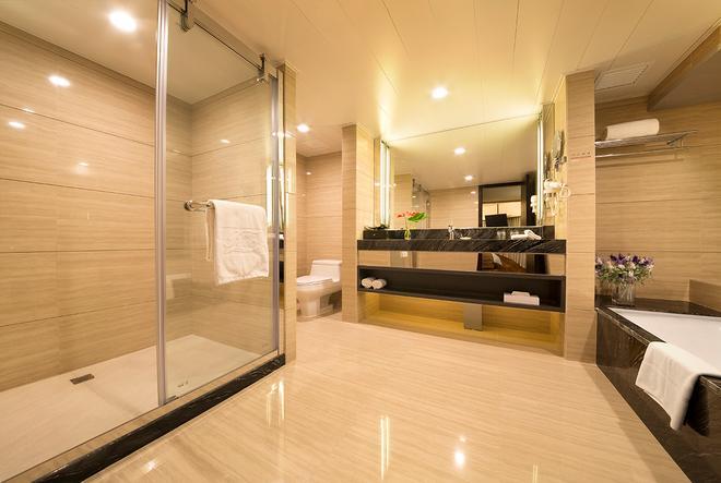 澳门利澳酒店 - 澳门 - 浴室