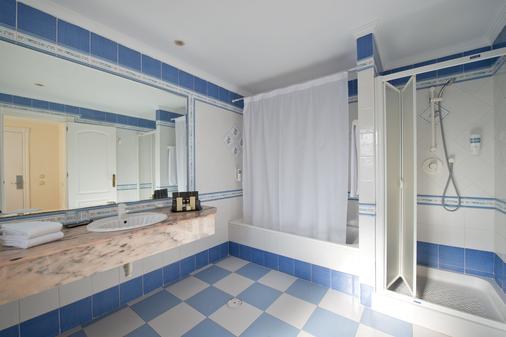 蓝湾巴努斯酒店 - 马贝拉 - 浴室