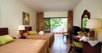 贝尔维尤多米尼加湾酒店 - 博卡奇卡 - 睡房