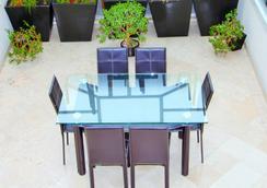 伊波利泰纳布鲁贝公寓式酒店 - 墨西哥城 - 餐厅