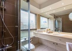 埃布罗河森林广场酒店 - 圣地亚哥 - 浴室