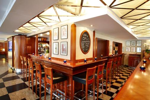 莱比锡海滨公园酒店 - 莱比锡 - 酒吧