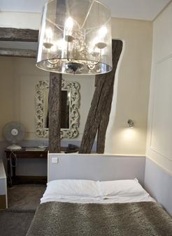 巴黎圣诺努尔酒店 - 巴黎 - 睡房