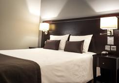 福煦酒店 - 梅斯 - 睡房