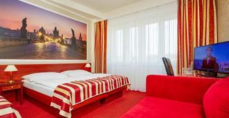 鲁比肯老城酒店 - 布拉格 - 睡房