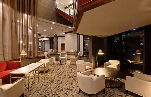 艾尔文奥兰治郡机场皇冠假日酒店 - 欧文 - 门厅