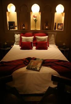 里亚德康巴莱特酒店 - 索维拉 - 睡房