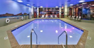 Mcm埃莱及活动中心酒店 - 阿尔伯克基 - 游泳池