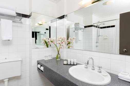 里吉斯北悉尼酒店 - 悉尼 - 浴室