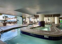 天堂度假酒店 - 默特尔比奇 - 游泳池