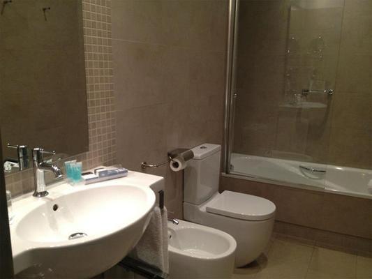 欧洲之星天井德科尔多瓦酒店 - 科尔多瓦 - 浴室