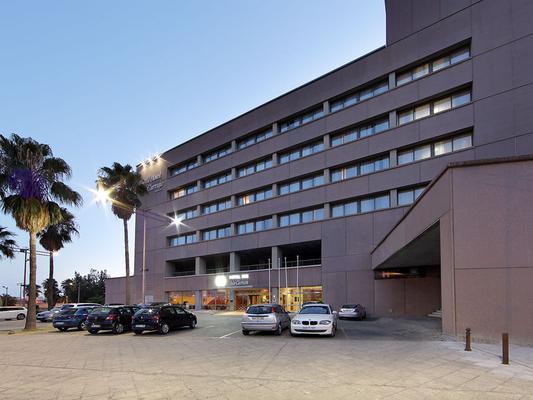卡图加埃克岛酒店 - 塞维利亚 - 建筑