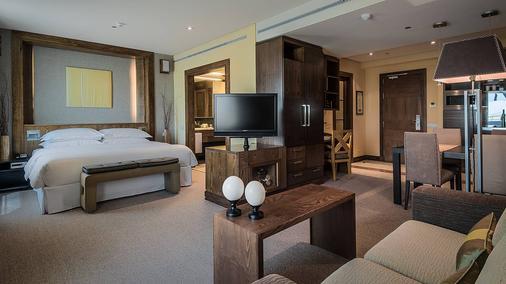 马德里米拉希尔拉喜来登度假酒店 - 马德里 - 睡房