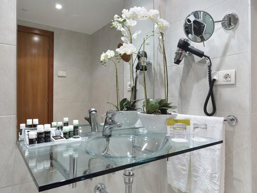Wtc埃克萨拉戈萨酒店 - 萨拉戈萨 - 浴室