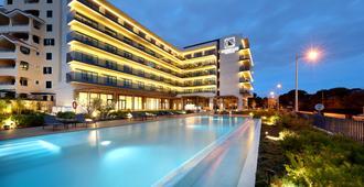 欧洲之星卡斯卡伊斯酒店 - 卡斯卡伊斯 - 游泳池