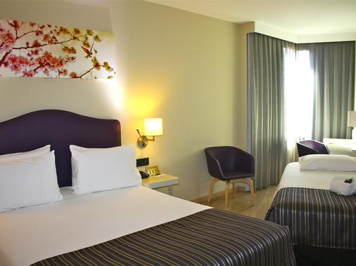 埃克斯蒙克洛亚酒店 - 马德里 - 睡房