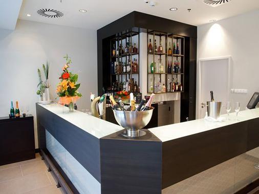 欧洲之星布达佩斯特中心酒店 - 布达佩斯 - 酒吧