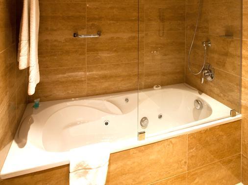 欧洲之星布达佩斯特中心酒店 - 布达佩斯 - 浴室