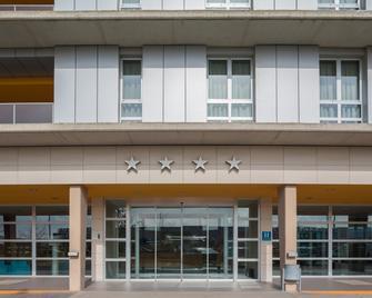 费尔南多二世国王欧元星级酒店 - 萨拉戈萨 - 建筑