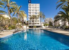 玛丽温特欧洲之星酒店 - 马略卡岛帕尔马 - 游泳池