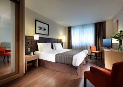 佑洛斯塔斯路岑特姆酒店 - 阿利坎特 - 睡房