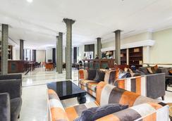Exe莱塔纳皇宫酒店 - 巴塞罗那 - 休息厅
