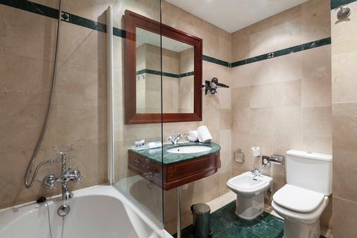 Exe莱塔纳皇宫酒店 - 巴塞罗那 - 浴室