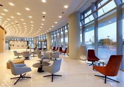 塞维利亚托雷欧洲之星酒店 - 塞维利亚 - 大厅