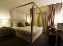伊埃克斯维拉迪奥比杜什酒店 - 奥比杜什 - 睡房