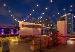 欧洲之星朗福德酒店 - 迈阿密 - 露天屋顶