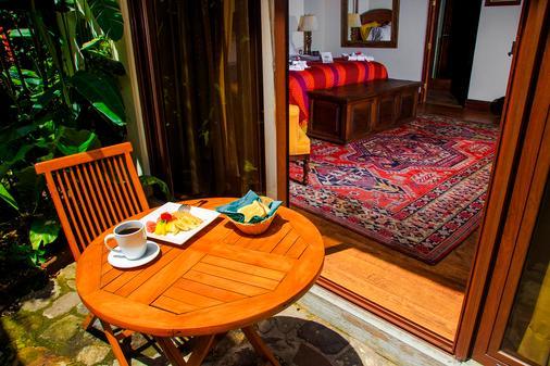 门安提瓜酒店 - 安地瓜 - 阳台