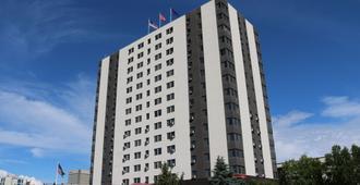 英列特大厦套房酒店 - 安克雷奇 - 建筑