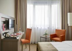 汉诺威跨市酒店 - 汉诺威 - 睡房