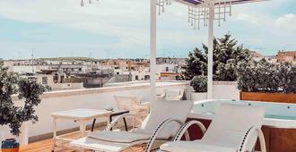 伊德罗谷瑞莱斯酒店 - 奥特朗托 - 露台