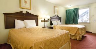 基韦斯特酒店 - 纽波特纽斯 - 纽波特纽斯 - 睡房