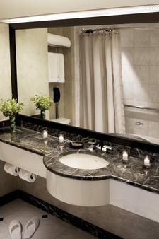 千禧百老汇新纽约时代广场酒店 - 纽约 - 浴室