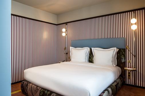 圆点香榭丽舍酒店 - 巴黎 - 睡房