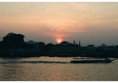 伊布里克河滨度假酒店 - 曼谷 - 户外景观