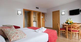 穆拉尔托套房公寓酒店 - 马德里 - 睡房