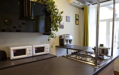 欧菲赛斯旅馆 - 圣彼德堡 - 厨房
