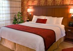 西雅图贝尔维莱德蒙德万怡酒店 - 贝尔维尤 - 睡房