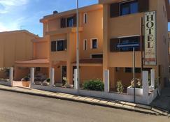 德尔莫洛酒店 - 帕劳 - 建筑