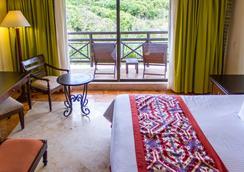 席卡瑞西方大酒店- - 卡曼海灘 - 睡房