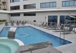 Sb伊卡利亚巴塞罗那酒店 - 巴塞罗那 - 游泳池
