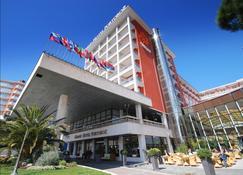 波尔托罗莱夫克拉斯温泉大酒店 - 玫瑰港市 - 建筑