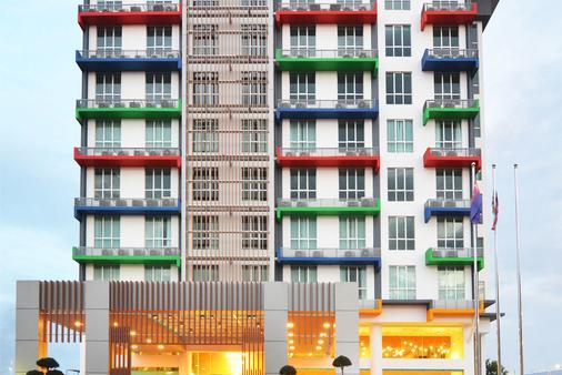 新山V8酒店 - 柔佛巴鲁 - 建筑