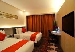 新山V8酒店 - 柔佛巴鲁 - 睡房