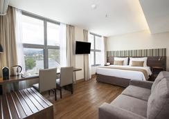 桑托斯杜蒙奇才酒店 - 里约热内卢 - 睡房