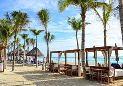 Nyx 坎昆式酒店 - 坎昆 - 海滩